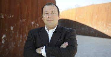 Martin Solares, N'envoyez pas de fleurs, Christian Bourgois
