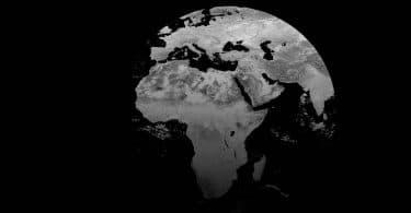 Vu d'autres pays : Entretien avec Fiston Loombe IwokuVu d'autres pays : Entretien avec Fiston Loombe Iwoku