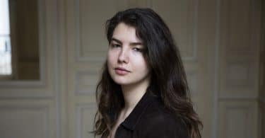 Frederika Amalia Finkelstein, Survivre