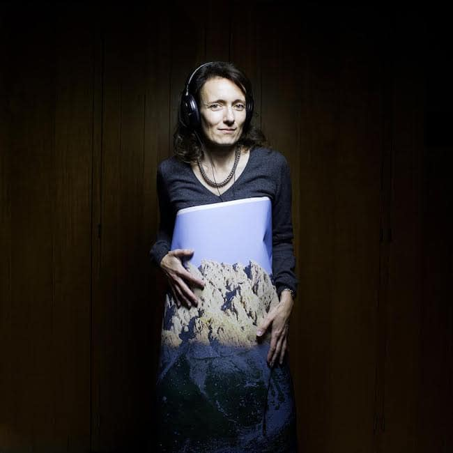 Célia Houdart, Tout un monde lointain
