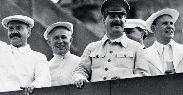 Sheila Fitzpatrick, Dans l'équipe de Staline. De si bons camarades