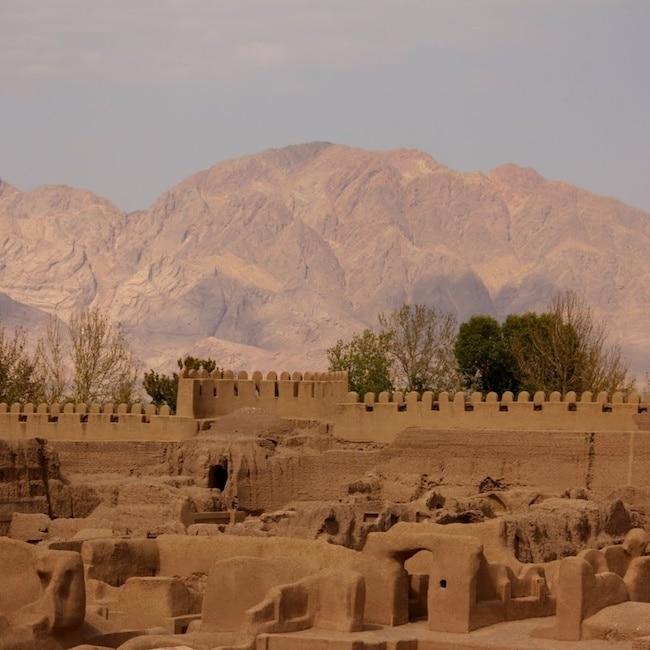 Ève Feuillebois, L'Iran médiéval