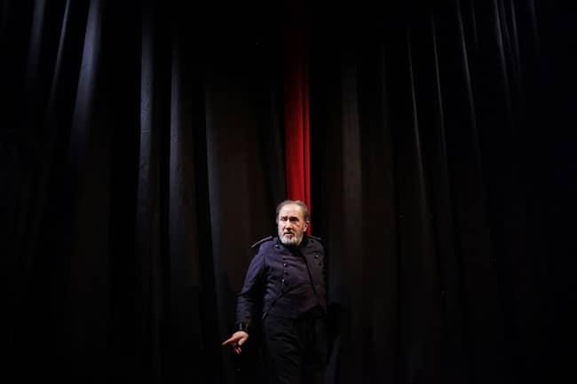 Le faiseur de théâtre. Mise en scène de Christophe Perton. Théâtre Déjazet