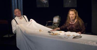 Le faiseur de théâtre. Mise en scène de Christophe Perton. Théâtre Déjazet Thomas Bernhard